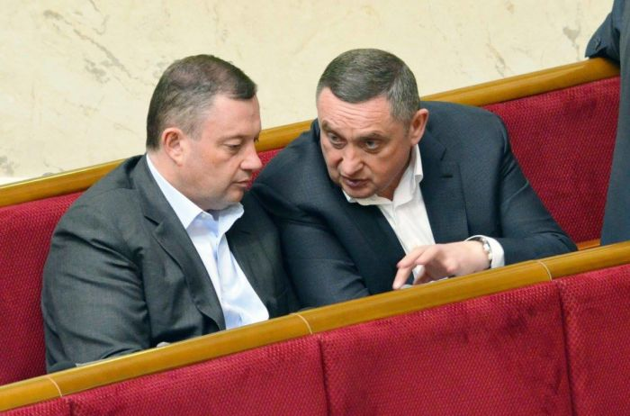 Хто «кришує» Ярослава і Богдана Дубневичів?
