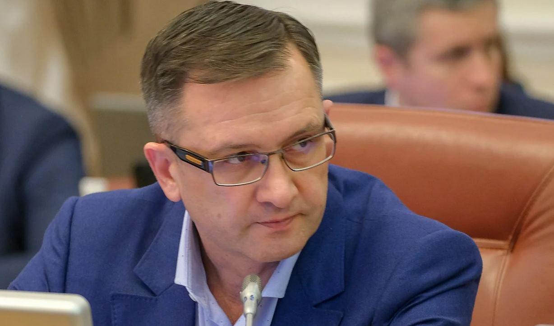 Экс-министр Уманский планировал вернуть в налоговую и таможню коррупционеров времен Януковича-Порошенко